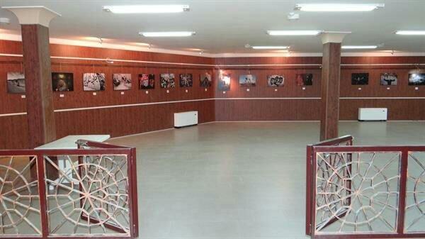 نمایشگاه هفته عکس اربعین حسینی در بیجار برپا شد