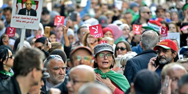 الجزایر در شب انتخابات شاهد تظاهرات علیه انتخابات است