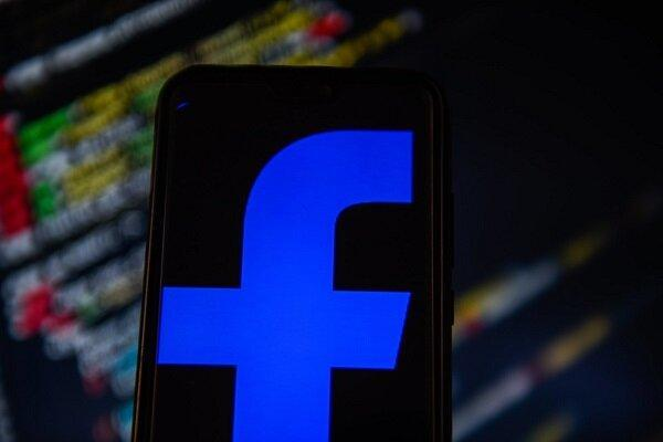 مذاکرات محرمانه ترامپ و رئیس فیس بوک درباره نقش شبکه های اجتماعی