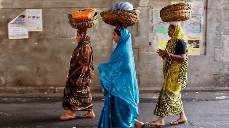 درخواست گروهی از زنان هندی از نخست وزیر: از مردان بخواهید در کارِ خانه یاری نمایند