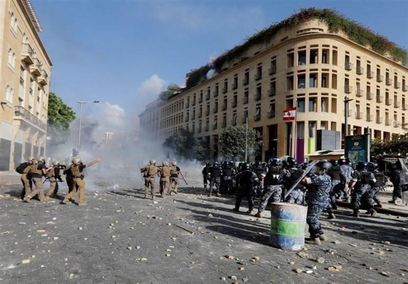 دومین شب ناآرامی های لبنان، هشدار ارتش به خشونت طلبان، حمله مهاجمان به برخی وزارتخانه ها