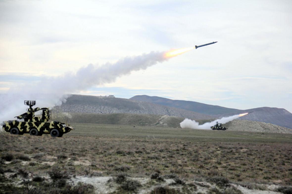 خبرنگاران ادامه گلوله باران و پرواز پهپادها در مرز ارمنستان و جمهوری آذربایجان