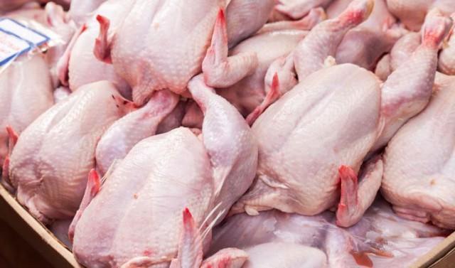 توزیع مرغ گرم در میادین میوه و تره بار 5 برابر شد، نرخ 18500 تومان