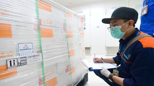 اهدای 250 هزار دوز واکسن کرونا به ایران از سوی چین