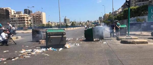 کشف 16 موشک آر پی جی و 5 بمب در سطل زباله های بیروت!