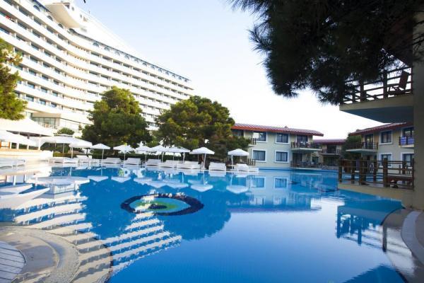هتل تایتانیک آنتالیا ترکیه
